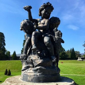 There were many interesting statues around the grounds
